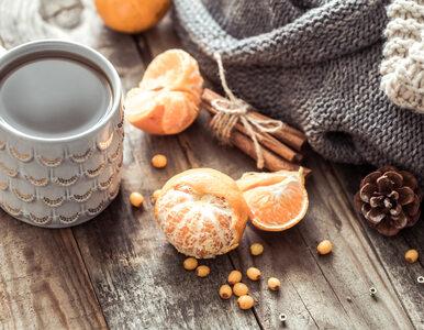 Jak zrobić rozgrzewającą zimową herbatę? Przepisy na herbatę zimową z...