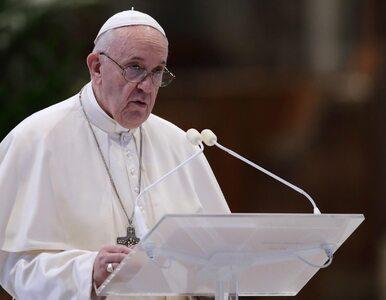 Franciszek w rocznicę urodzin Jana Pawła II: 100 lat temu Bóg...