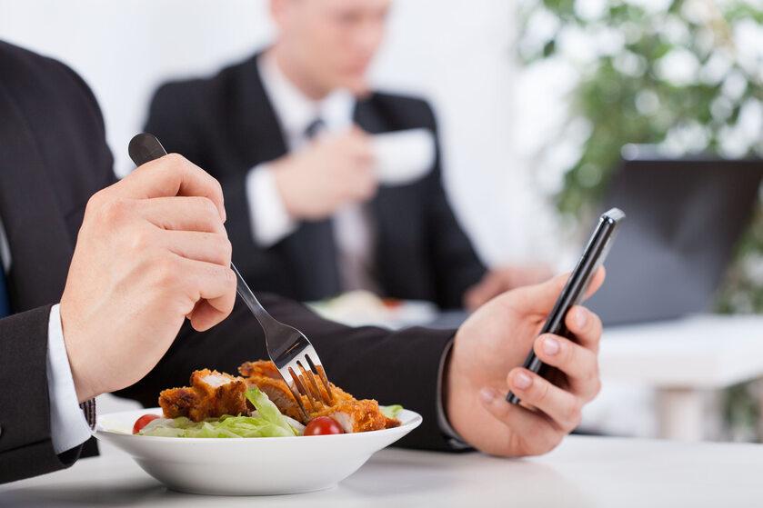 Jedzenie w biurze