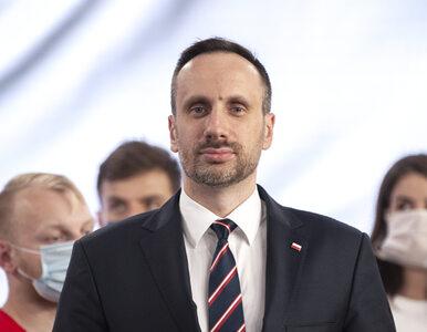 """UE """"ukarała"""" gminy za """"strefy bez LGBT"""". Wiceminister Kowalski: Cała..."""