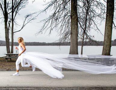 Kobieta przebiegła ponad 600 km... w sukni ślubnej. Miała ku temu ważny...