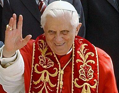 Papież: modlenie się do Boga wydaje się czymś przestarzałym