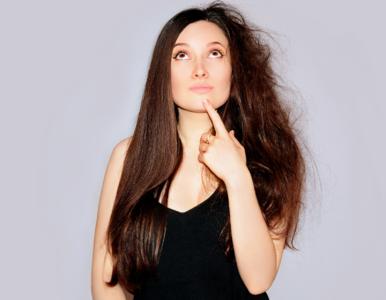 Wypadanie włosów po COVID-19. Jak je zwalczać?
