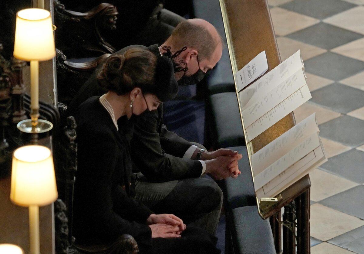 Księżna i książę Cambridge na pogrzebie księcia Filipa