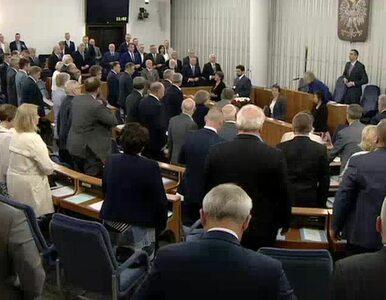 Senat minutą ciszy upamiętnił Zbigniewa Brzezińskiego