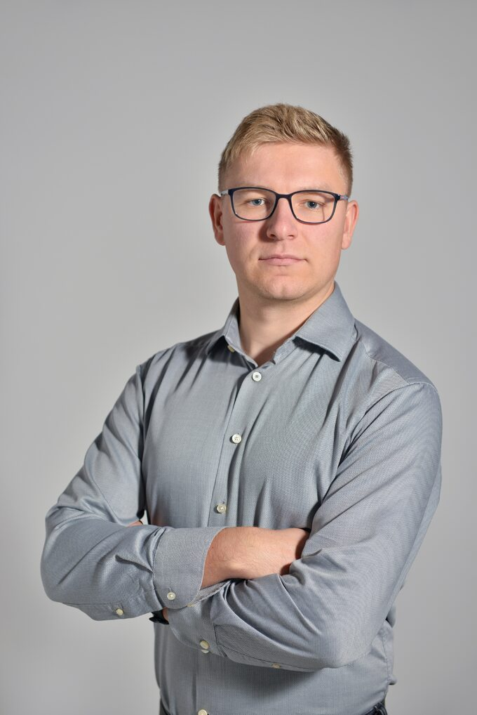 Mateusz Rozwadowski Bling Factory-1