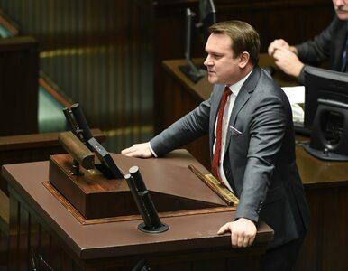 """Poseł PiS odpowiada krytykom programu """"Za życiem"""""""