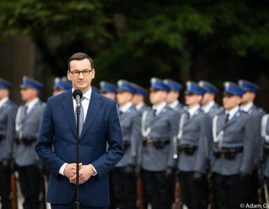 """Premier: W """"Złotopolskich"""" policjant gonił przestępcę na rowerze. Teraz..."""