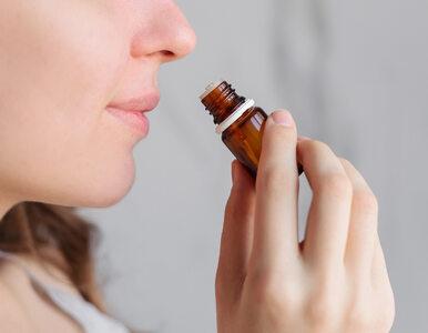 Utrata węchu wiąże się z łagodniejszym przebiegiem COVID-19