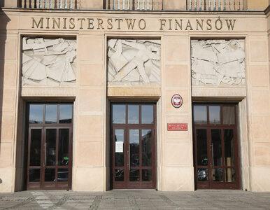 """Ministerstwo Finansów jak Ministerstwo Sprostowań. """"Stosuje się..."""