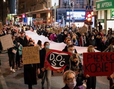 Premier zaapelował o protestowanie w sieci. Strajk Kobiet zapowiada...