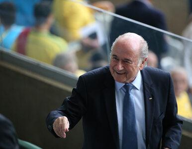 """Były szef FIFA oskarżony o molestowanie. """"Uszczypnął mnie w pośladki"""""""