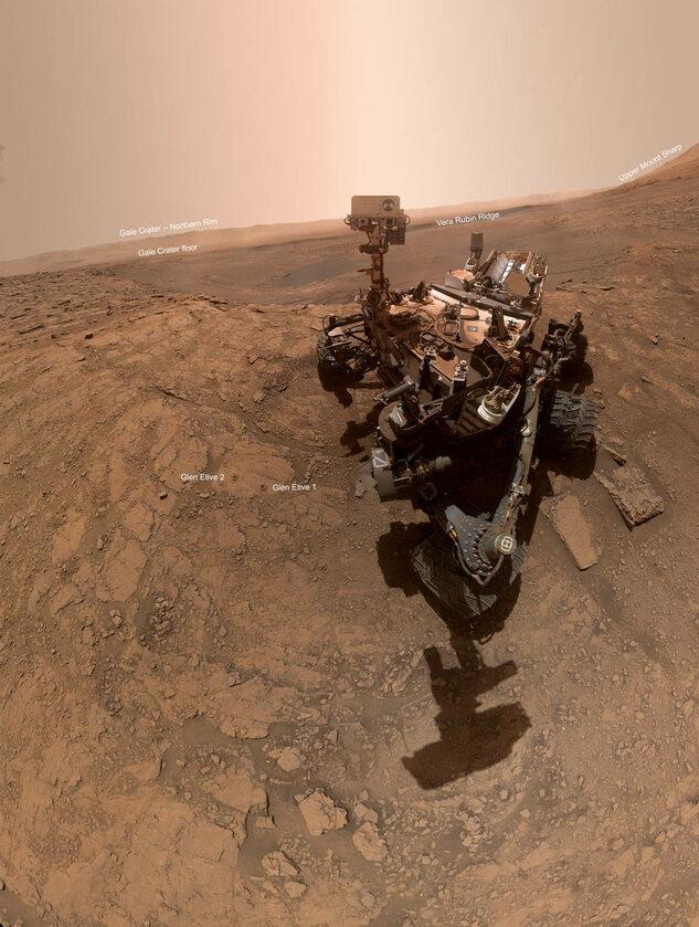 Co znajduje się na selfie Curiosity?