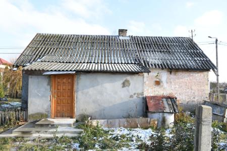 """""""Nasz nowy dom"""". Efekty metamorfozy domu w Kałkowie. To ten sam budynek?"""