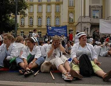 Kolejne pielęgniarki zapowiadają przyjazd do Warszawy