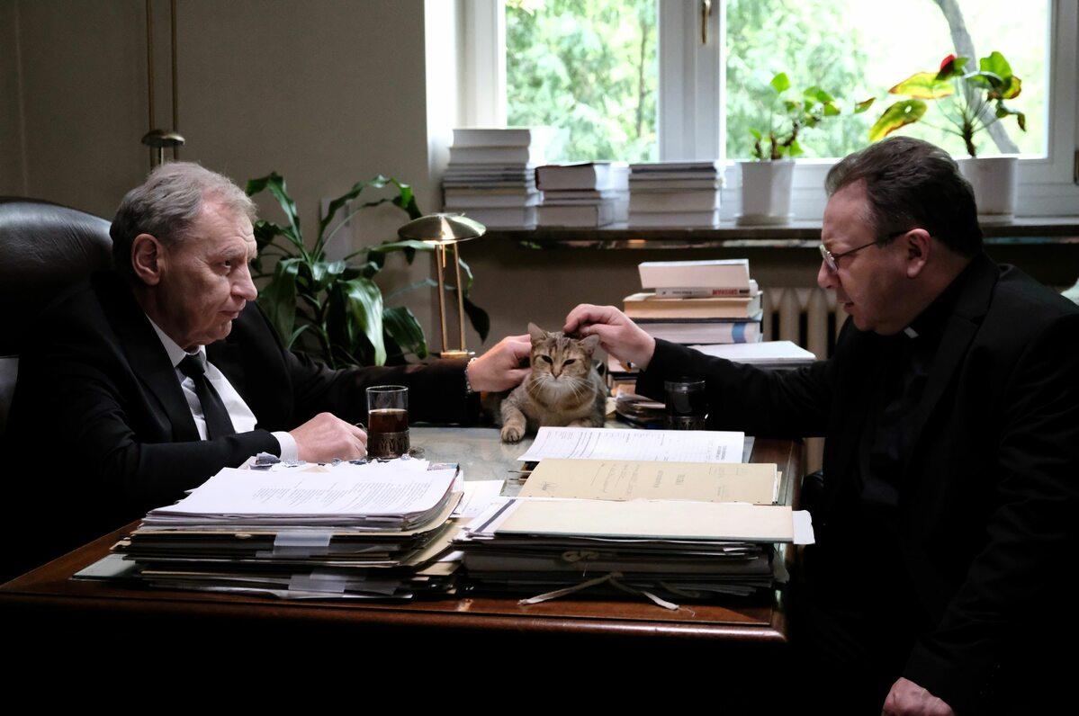 Andrzej Grabowski (Prezes) i Zbigniew Zamachowski (Zakonnik z Torunia)