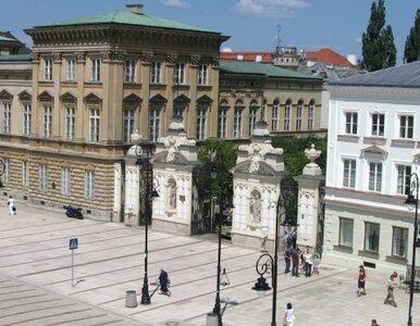 Warszawa rozdaje stypendia za upamiętnianie Jana Pawła II?