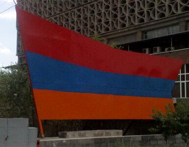 Obciął głowę oficerowi, jest wolny. Armenia zawiesza stosunki...
