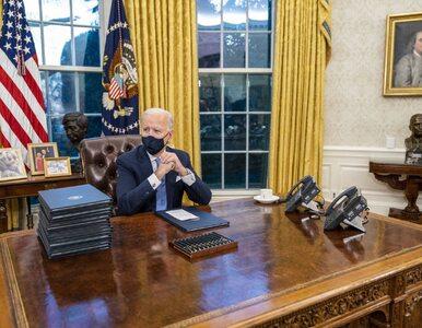 Biden na nowo urządził Gabinet Owalny. Po Trumpie zmienił obrazy,...