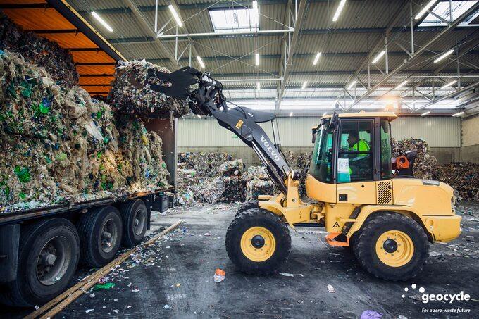 LafargeHolcim tylko w2019 roku poddała recyklingowi 48 mln ton odpadów