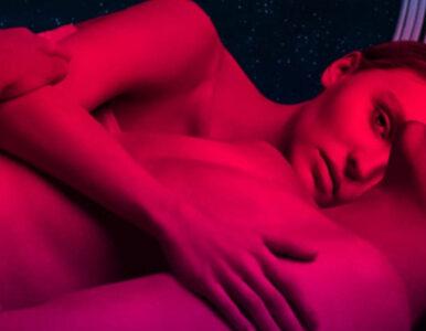 """Lily-Rose Depp i Colin Farrell w zwiastunie filmu """"Voyagers"""". O czym jest?"""