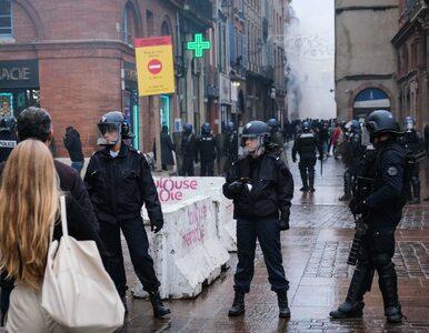 Francja. Rząd robi krok w tył. Protestujący wydłużają listę żądań