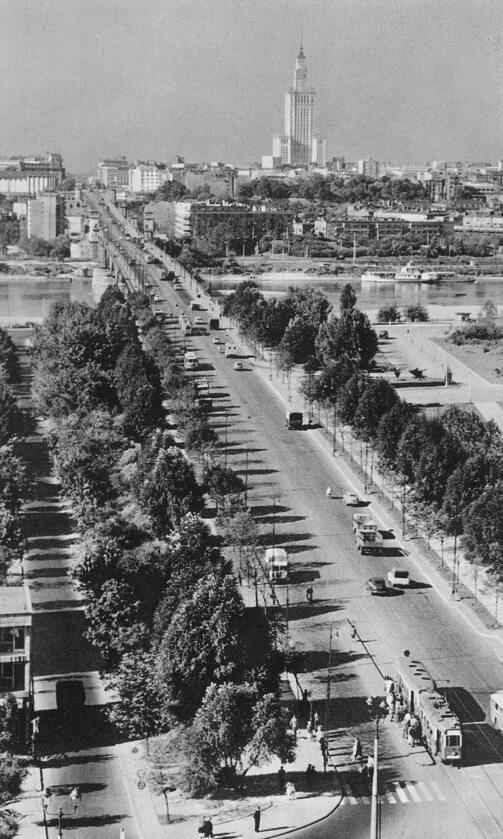 Pałac Kultury widziany z ronda Jerzego Waszyngtona, lata 60.