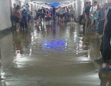 Nawałnica w Warszawie. Dworzec zalany