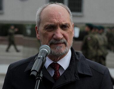 Nadal nie ma raportu ws. katastrofy smoleńskiej. Macierewicz wyjaśnia...