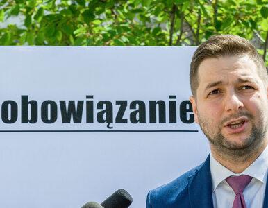 """Patryk Jaki narzeka w TVP Info. """"Dzień i noc potężne media III RP będą..."""