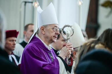 Episkopat popiera starania o nowe święto narodowe. Będzie kolejny wolny...