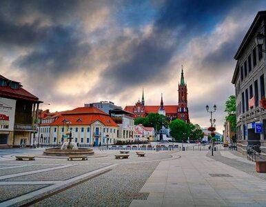 Wybory w Białymstoku: kominiarka i wandalizm