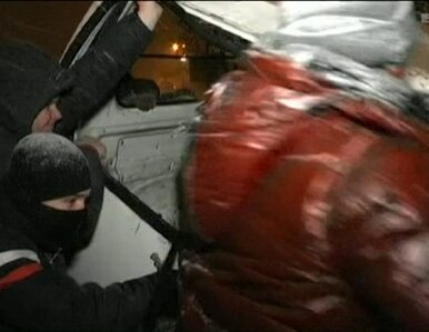 Noc w Kijowie. Nowe barykady i ściana ognia przed kordonem policji