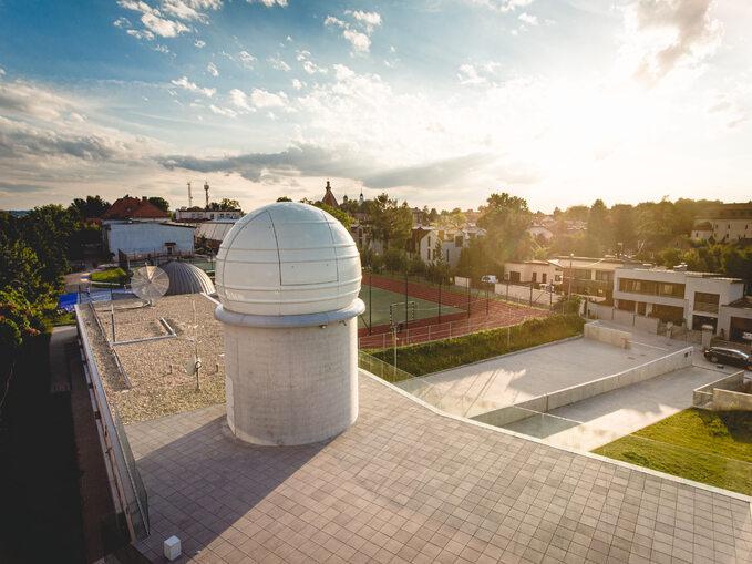 Młodzieżowe Obserwatorium Astronomiczne wNiepołomicach