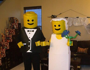Jeśli bal przebierańców na Halloween, to tylko w parach. Zobaczcie...
