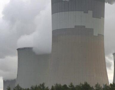 Wtargnęli na teren elektrowni i weszli na komin. Protest ekologów w...