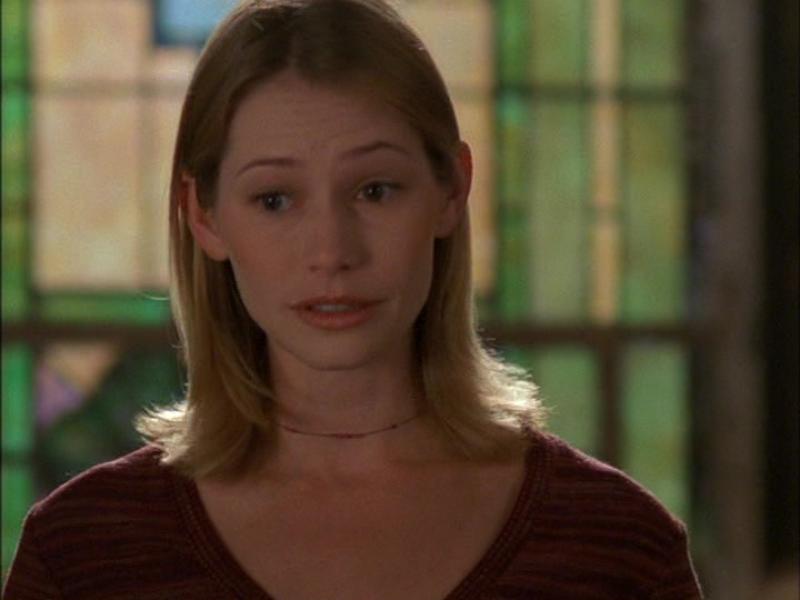 "Meredith Monroe jako Andie McPhee w serialu ""Jezioro marzeń"""