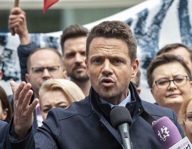 Chwali Kaczyńskiego, podoba mu się 500+. Kto uwierzy w wielką przemianę...