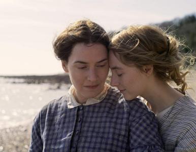 "Intensywny zwiastun filmu ""Amonit"". Kate Winslet i Saoirse Ronan w..."