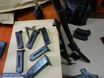 Policja zabezpieczyła nielegalny arsenał