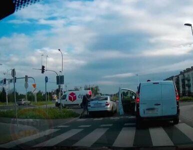 Wrocław. Taksówkarz pobił się z pieszym. Policja nie zareagowała