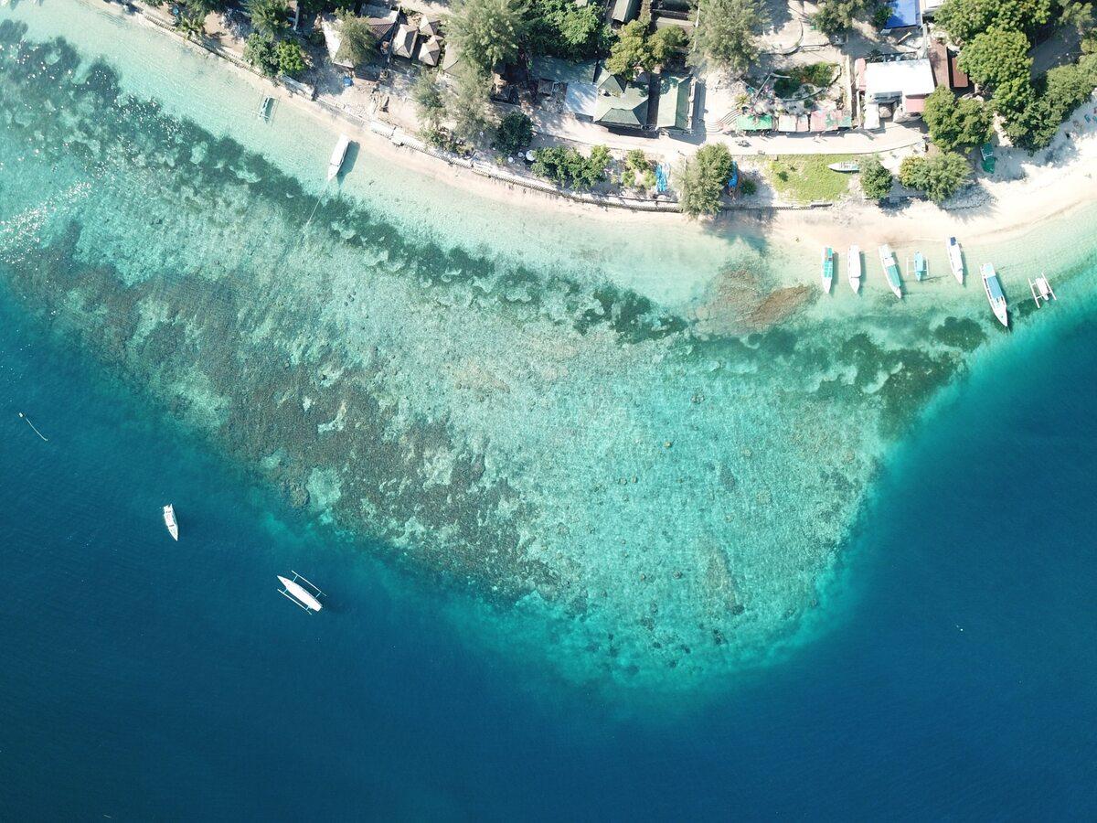 Wybrzeże wyspy Gili Air