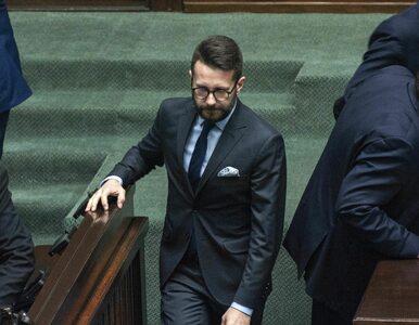 """""""Nie będę świnią"""". Wicerzecznik PiS o SMS-ach od posłów opozycji"""
