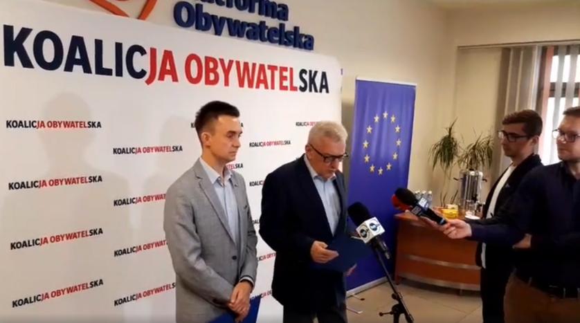 Arkadiusz Lewandowski i Edward Rzepka na konferencji prasowej