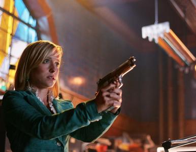 """Allison Mack trafiła do więzienia. Gwiazda """"Smallville"""" werbowała..."""