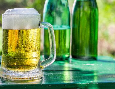 Piwo łagodzi ból? Specjalista ostrzega