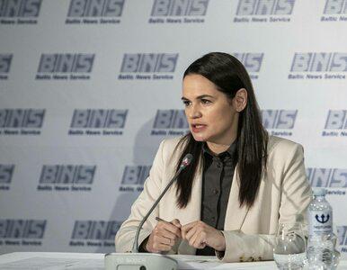 Cichanouska liczy na dialog z Łukaszenką. Do protestujących mówiła:...