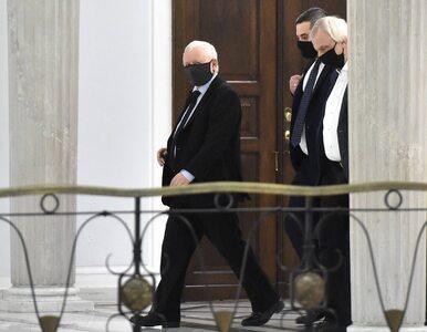 """Kaczyński pilnuje rządu. """"Prosiliśmy, by choć w poniedziałki był na..."""