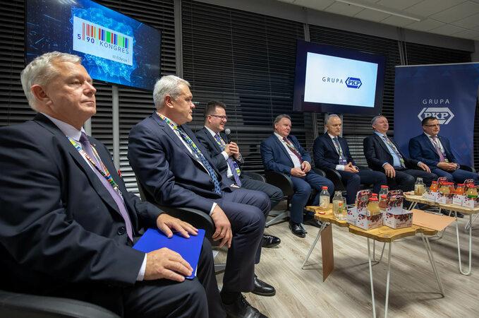Nowe dworce, tory, lokomotywy, wagony - debata Grupy PKP