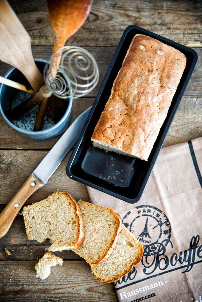 Domowy chleb pszenno-żytni